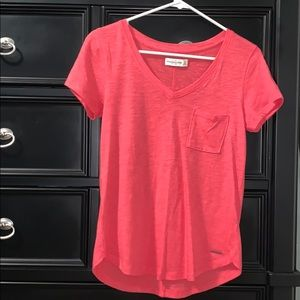 abercrombie & fitch pink vneck with pocket